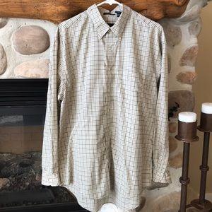 {Van Heusen} Checkered Button Down Shirt. Size L.